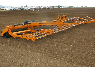 Photo of Brock 2040 Double Lock Roller demonstration at Cereals 2016