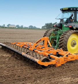 Photo of the Brock UnderBurst 30/60 tilling an arable field