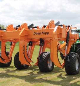 Photo of the Brock Deep Ripp, showing the depth the tines can work to